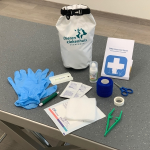 EHBO set dierenziekenhuis veenendaal